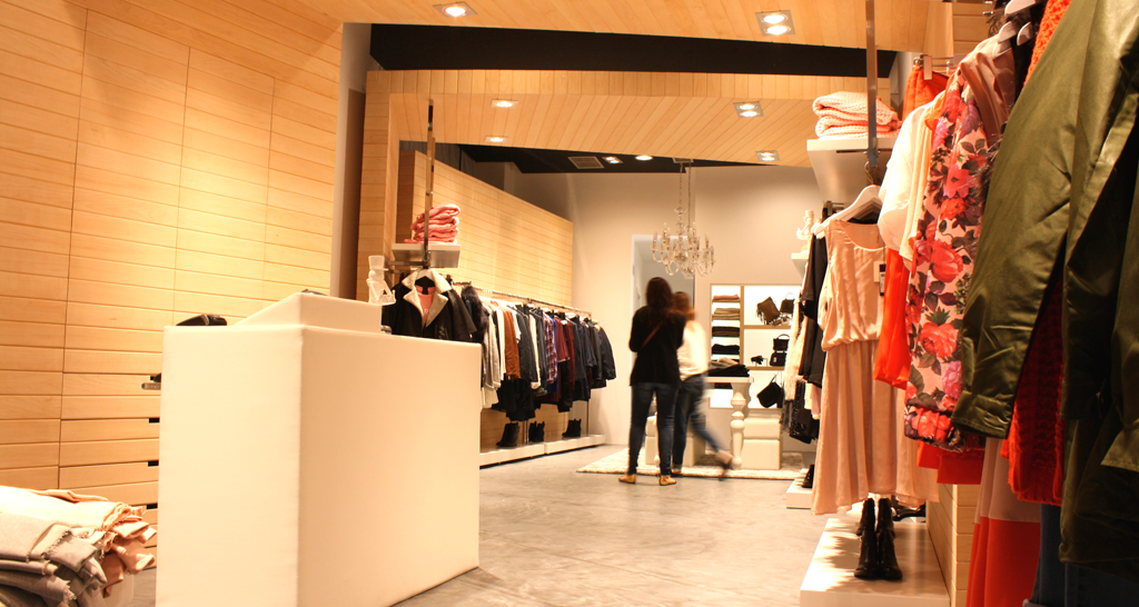 diseño, interior, comercial, interiorismo, tienda ropa, liv, Ourense Galicia